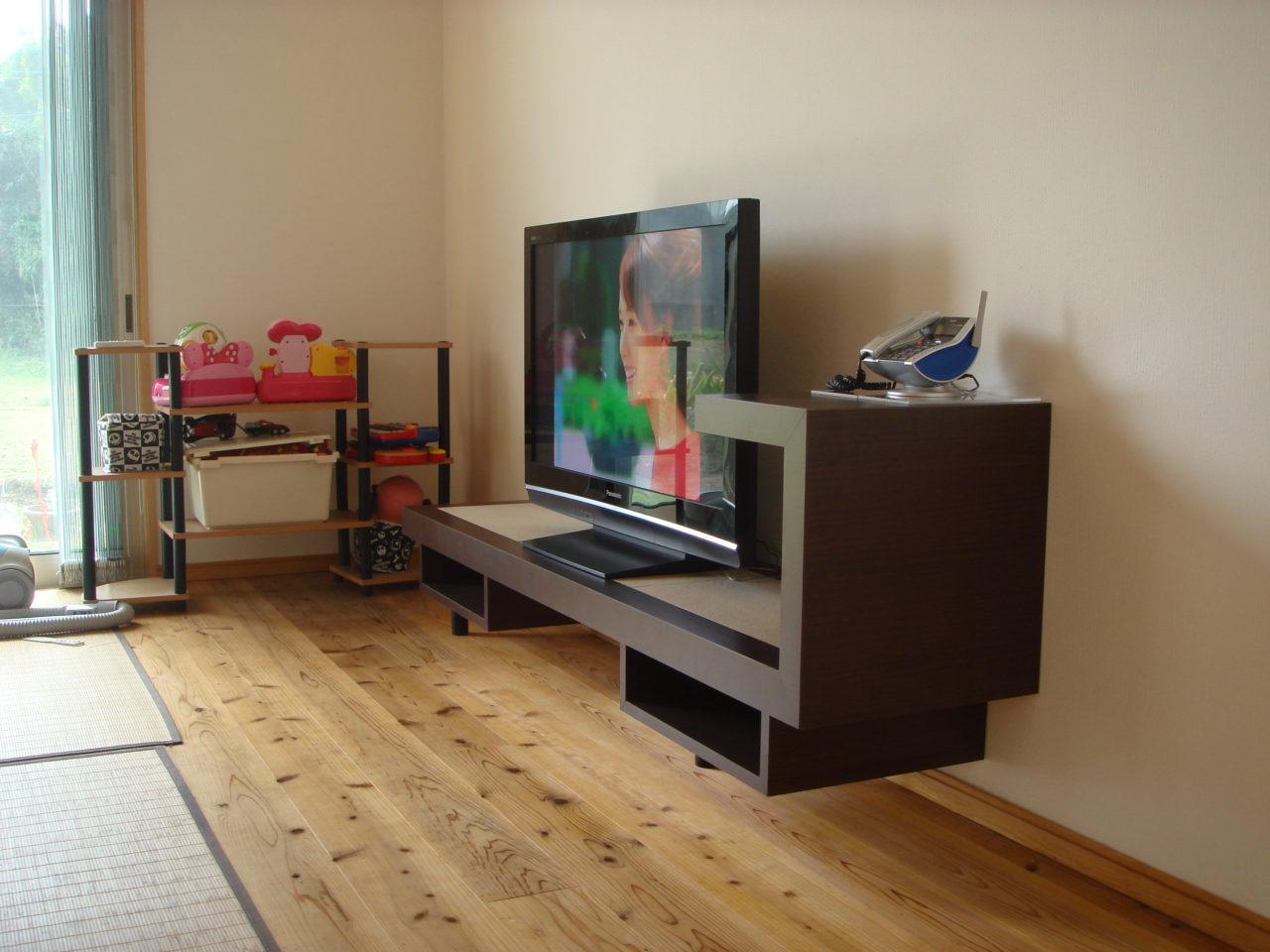 オリジナルのテレビボード