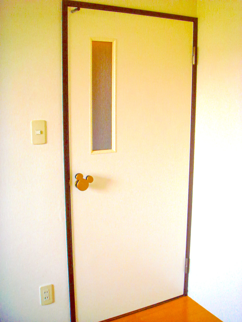 ドアをカスタマイズ