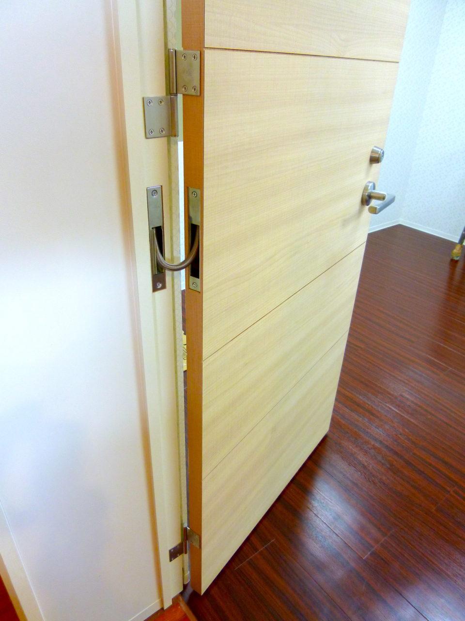 遠隔操作できるドア
